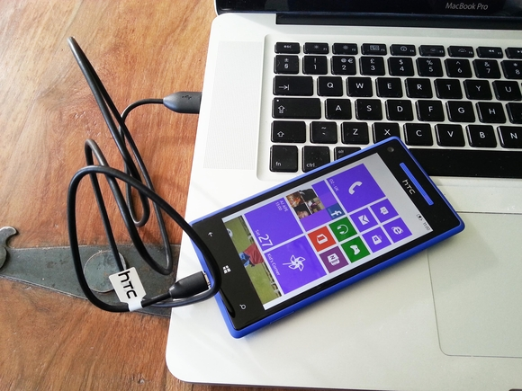 HTC Windows Phone 8X to PC